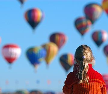 girl-balloons-web